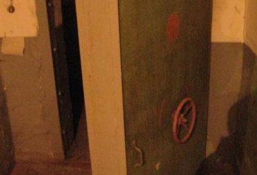 Защита бункеров от износа и налипания материала